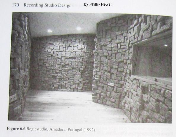 Regiestudio_Amadora_Portugal_1992.jpg