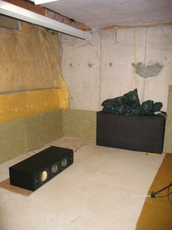 The grey green stuff is roxul rhf80 rockwool http www for Roxul vs fiberglass